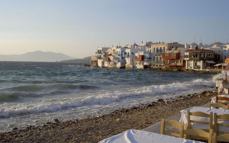 Why choose a cruise through the Greek Islands?