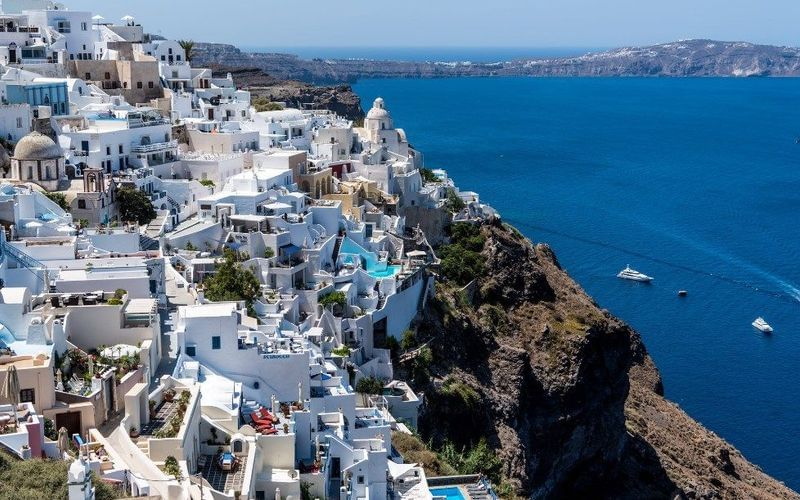 Ideal destinations for a cruise during summer