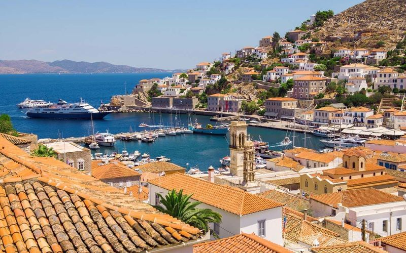 What to see on a cruise around the Saronic Islands
