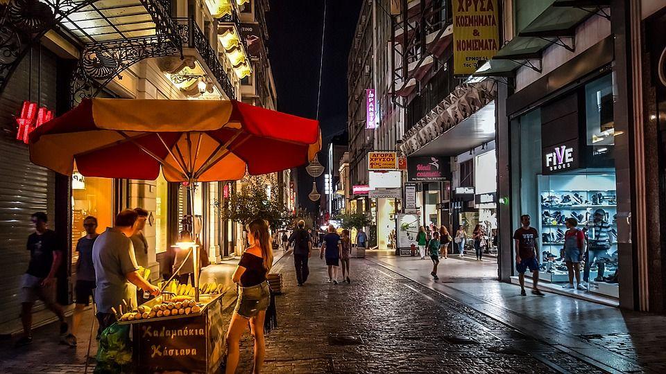 De compras en un viaje a Grecia