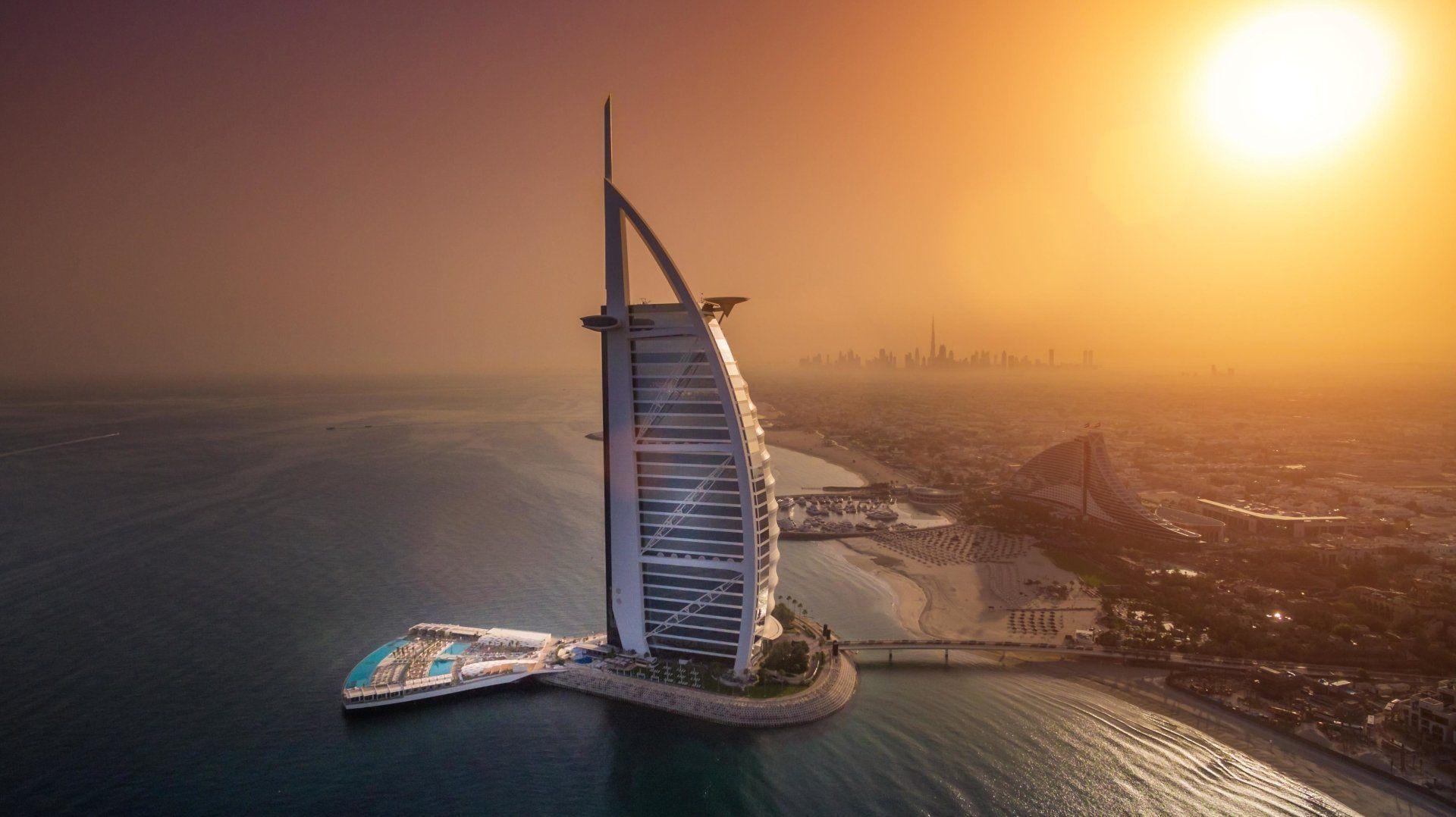 ¿Cuál es mejor, Dubái o Abu Dhabi?