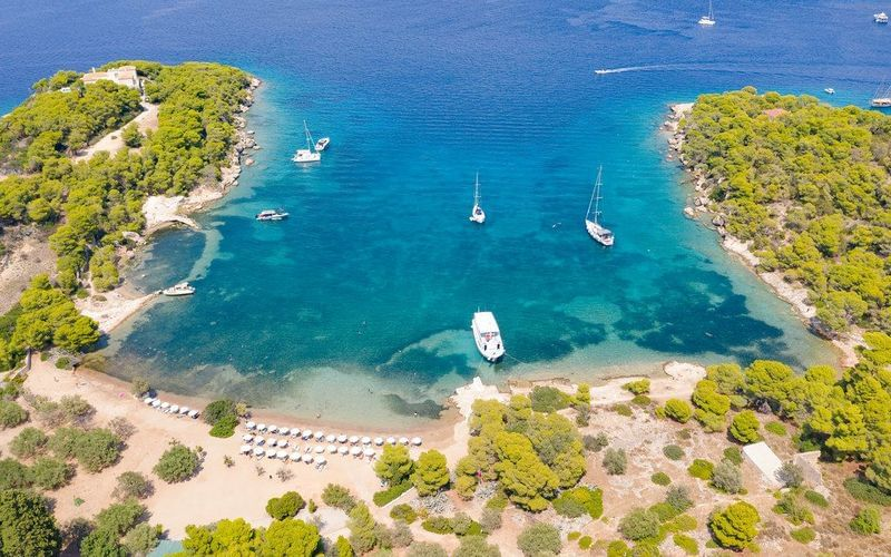 Greek islands cruise: Discovering Spetses