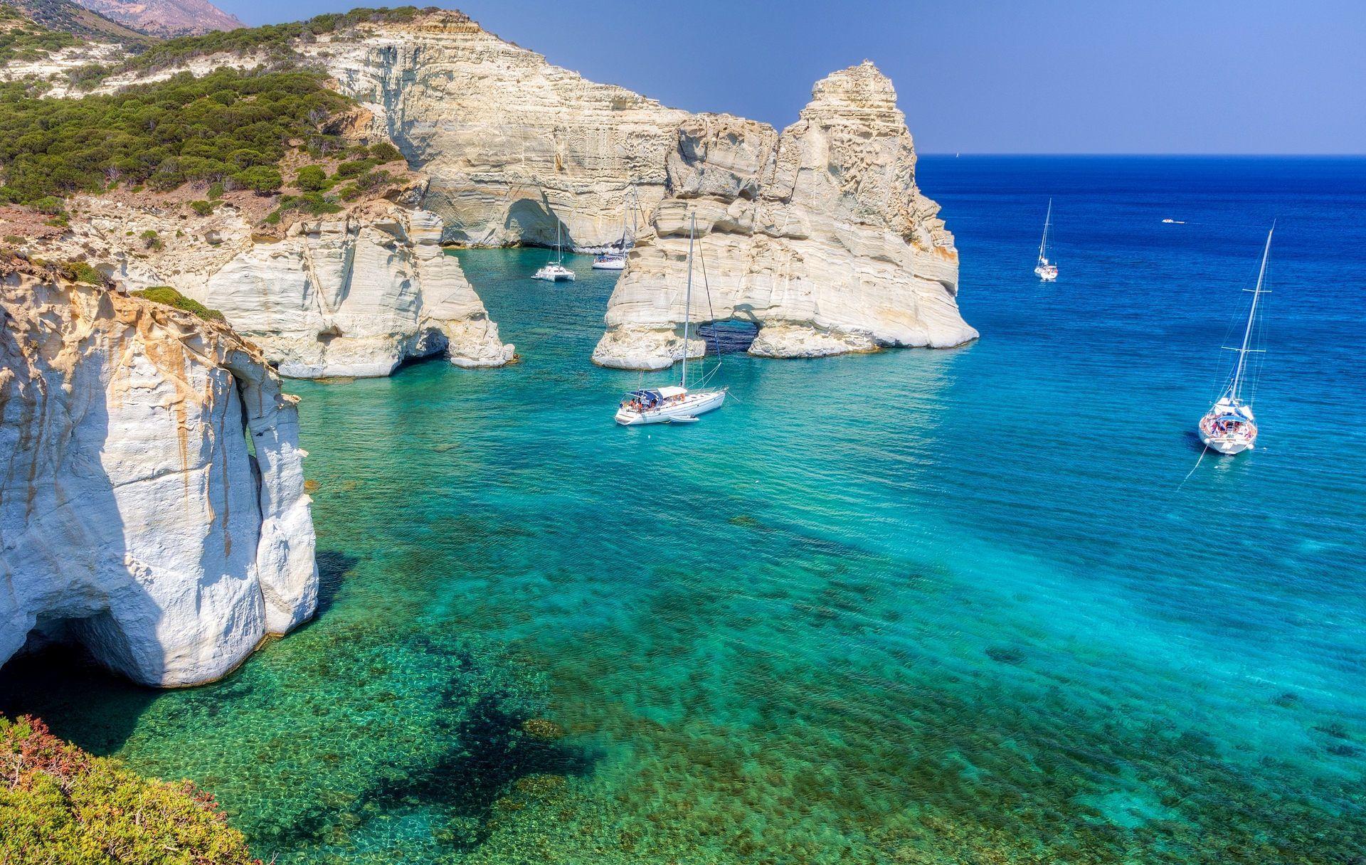 Milos, Grecia: La guía de viaje completa a la isla griega más subestimada