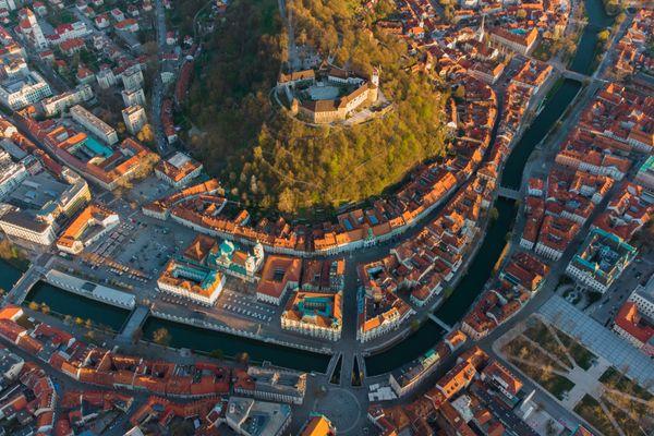 Guía de viaje a Eslovenia: Todo lo que necesitas saber sobre la tierra de los dragones
